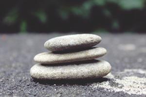 stones-944145_960_720